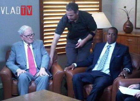 Warren Buffet & Jay-Z 'Hang Out' + Beyonce & Jay are 'The Power Couple'